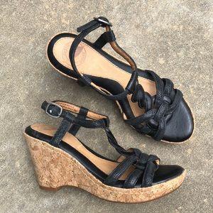 NWOT Nurture Glimmer Leather Wedge Sandals